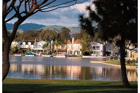 lake forest lake homes