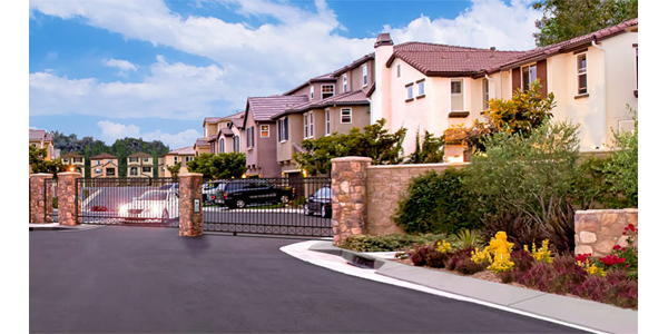 Newport Palisades Collection Gate